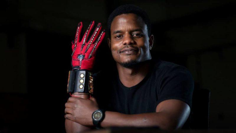DECOUVERTE | Un kényan invente des gants convertisseurs de la langue des signes en audio