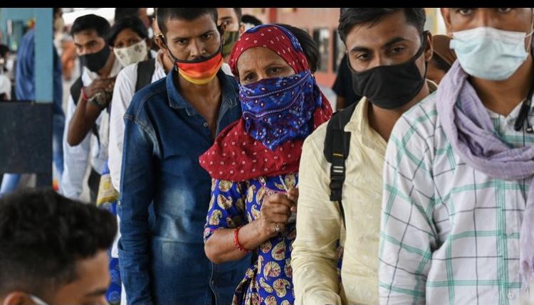 Covid-19 : l'Inde veut accélérer la vaccination mais se trouve en manque de vaccins